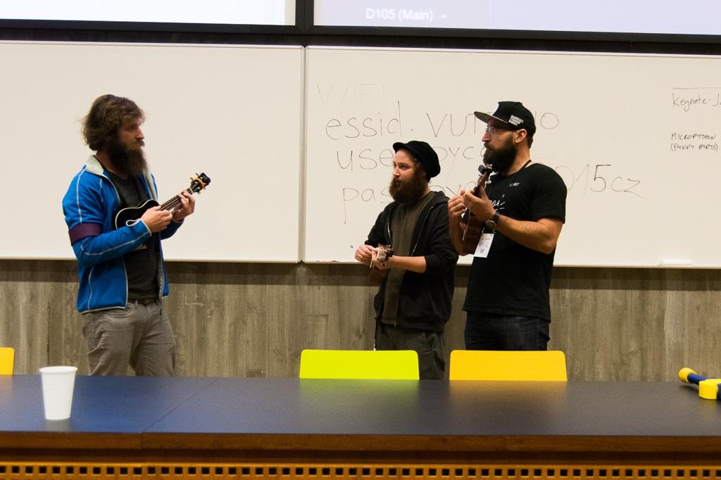 Jakub, Stařenka, and Vladimír, all of them playing ukulele